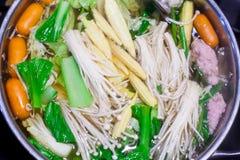 Shabu Shabu i Sukiyaki jedzenia hotpot Obrazy Royalty Free