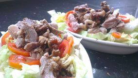 Shabu-shabu med umeboshisås Arkivfoton