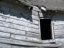 Shack di legno crollato abbandonato immagini stock libere da diritti