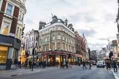 Shaftesburyweg in Londen, Engeland, het Verenigd Koninkrijk stock fotografie