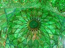 Shah Cheragh清真寺镜子天花板,设拉子,伊朗 免版税库存照片