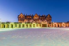Shahdag - 27 Φεβρουαρίου 2015: Ξενοδοχεία τουριστών επάνω Στοκ φωτογραφία με δικαίωμα ελεύθερης χρήσης