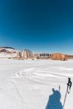 Shahdag - 8 Φεβρουαρίου 2015: Ξενοδοχεία τουριστών επάνω Στοκ Εικόνα