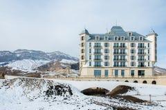 Shahdag - 8 de febrero de 2015: Hoteles turísticos encendido Fotos de archivo