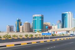 Shaikh Hamad Causeway Manama, Barém foto de stock