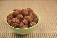 Shakarpara - indiska sötsaker Arkivfoto