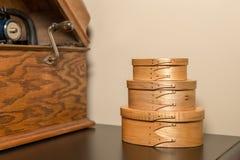 Shaker Boxes Near Antique Phonograph Immagini Stock Libere da Diritti