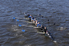 Shaker Crew emballe dans la tête de la jeunesse Eights du ` s de Charles Regatta Men photo stock