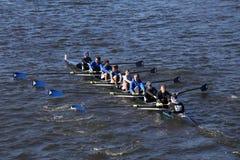 Shaker Crew läuft im Kopf von Charles Regatta Men-` s Jugend Eights Lizenzfreie Stockfotografie