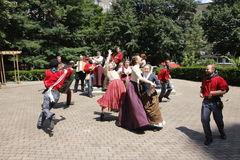 Shakespeare on Roosevelt Island. Actors from Island Shakespeare theater company playing Much Ado About Nothing by William Shakespeare at Roosevelt Island Stock Images