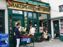 Shakespeare und Firma in Paris Stockfotos
