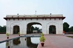 Shalimar Garden Lahore antiguo construido por el emperador Shah Jahan de Mughal Foto de archivo