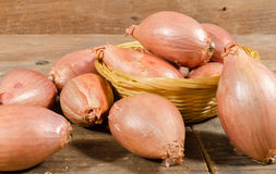 Shallots in a basket Royalty Free Stock Photography