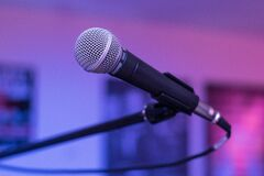 Shallow Focus Photography of Black Microphone Stock Photography