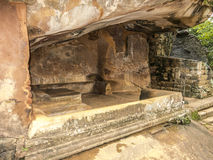 Shalter della parete di pietra in Singariya Sri Lanka Fotografie Stock