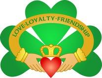 shamrock för claddagheps-irländare Royaltyfria Bilder