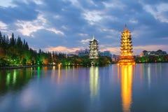 Shan Lake Twin Pagoda Arkivbild