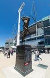 Shane Warne devant l'au sol de cricket de Melbourne Image libre de droits