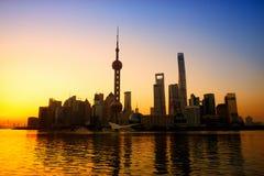 Shangai en la salida del sol Imagen de archivo libre de regalías