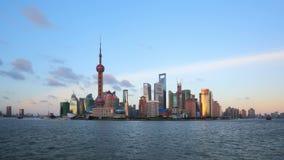 Shangai a partir del día a la noche, timelapse de enfoque. almacen de metraje de vídeo