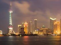 Shanghai-Ansicht über Pudong Bereich Stockbilder