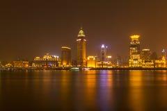 Shanghai bij mooie nacht Stock Afbeeldingen