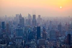 Shanghai bij schemer Stock Afbeelding