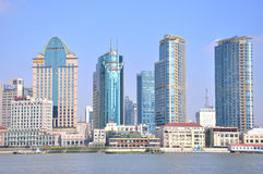 Shanghai Bund buildings beside Huangpu river Royalty Free Stock Photos