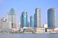 Shanghai Bund buildings beside Huangpu river Royalty Free Stock Photos