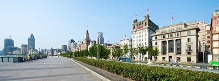 Shanghai Bund i morgonen Arkivfoto