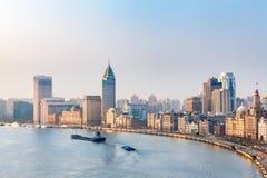 Shanghai Bund i morgonen Royaltyfri Fotografi