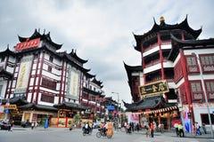 Shanghai Chenghuangmiao gata Royaltyfria Foton