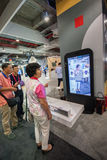 SHANGHAI, CHINA - 2 DE SETEMBRO DE 2016: Os participantes de Huawei conectam Imagens de Stock