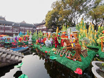 Shanghai, China - fevereiro 2, 2016: Festival de lanterna no ano novo chinês (ano do macaco) Imagens de Stock Royalty Free