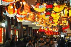 Shanghai, Cina - febbraio 2, 2016: Festival di lanterna durante il nuovo anno cinese (anno della scimmia) Immagine Stock
