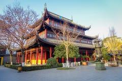 SHANGHAI, CINA - 29 GENNAIO 2017: Il bello cinese tradizionale Zhouzhuang interno individuato costruzioni innaffia la città Immagini Stock