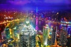 SHANGHAI, CINA - 24 MAGGIO 2015 Torre orientale della perla alla notte Fotografie Stock Libere da Diritti