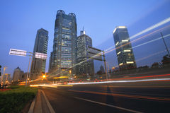 Shanghai-Datenbahnnachtansicht des Verkehrs Lizenzfreie Stockbilder
