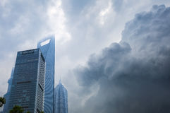 Shanghai een onweer brouwt. Stock Foto
