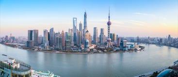 Shanghai horisontpanoramautsikt fotografering för bildbyråer
