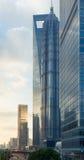SHANGHAI KINA - JUNI 26,2017: Shanghai stad i morgonen Arkivfoton