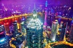 SHANGHAI-MAY 24, 2015 Orientał perły wierza na niebieskiego nieba backgro Obraz Royalty Free