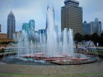 Shanghai och springbrunnen royaltyfri bild