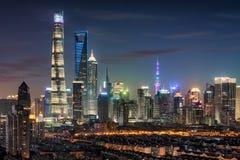 Shanghai Pudong-nachtscène royalty-vrije stock afbeelding
