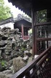 Shanghai, secondo può: Paesaggio del Rockery dal giardino famoso di Yu sulla città di Shanghai fotografia stock