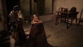 Shanghai - 6. September: Traditionelles chinesisches Kr?utermedizingesch?ft, Wachsfigur, China-Kulturkunst am 6. September 2013 S stock video footage