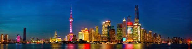 Shanghai-Skylinepanorama Stockfotos