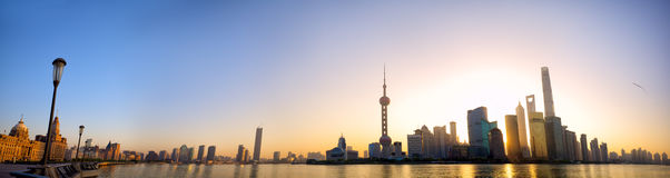 Shanghai soluppgångpanorama Royaltyfri Fotografi