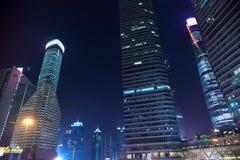 Shanghai-Verkehr auf den Straßen Lizenzfreies Stockbild