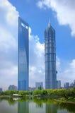 Shanghai, Wolkenkrabbers Stock Foto's